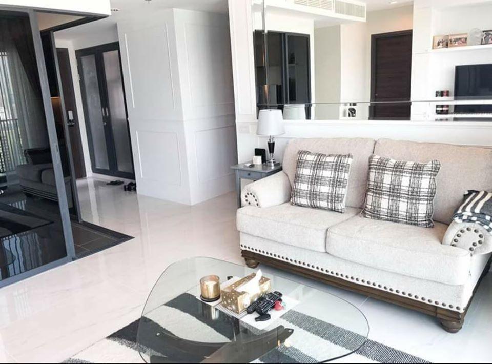 C Ekkamai - В аренду: Кондо с 3 спальнями в районе Watthana, Bangkok, Таиланд | Ref. TH-ONRQBEYK
