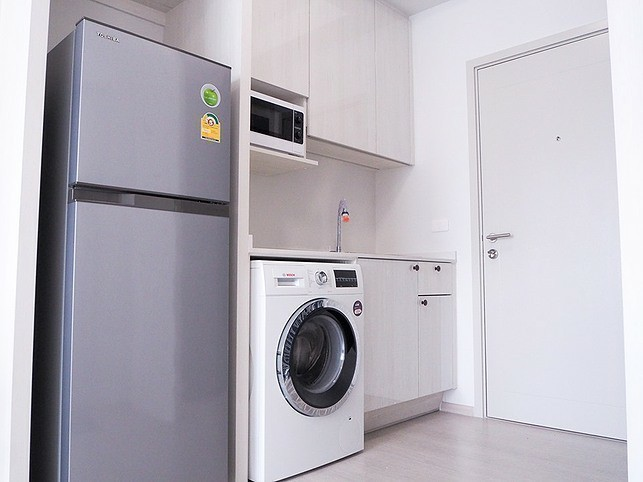 Chapter One Shine Bangpo - For Rent 1 Bed Condo in Bang Sue, Bangkok, Thailand | Ref. TH-HSSYSMLY