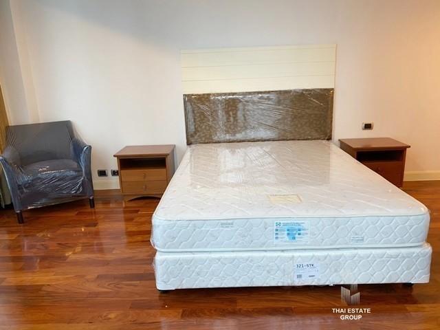Shanti Sadan - В аренду: Кондо с 3 спальнями возле станции BTS Thong Lo, Bangkok, Таиланд | Ref. TH-UYENINZN