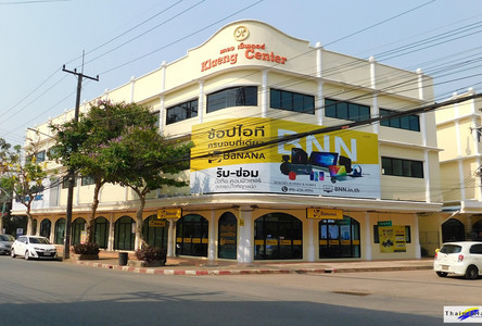 For Sale or Rent Shophouse 203 sqm in Klaeng, Rayong, Thailand