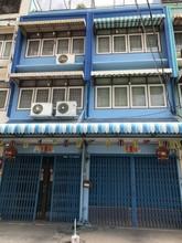 Located in the same area - Phasi Charoen, Bangkok