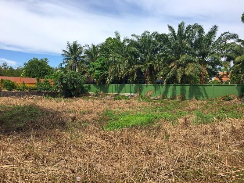 For Sale Land 3,200 sqm in Bang Lamung, Chonburi, Thailand   Ref. TH-ZQTZDDYX