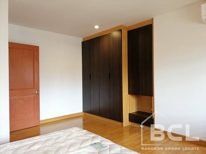 ครอส เคริก - ให้เช่า คอนโด 3 ห้องนอน วัฒนา กรุงเทพฯ | Ref. TH-VHHOGQED