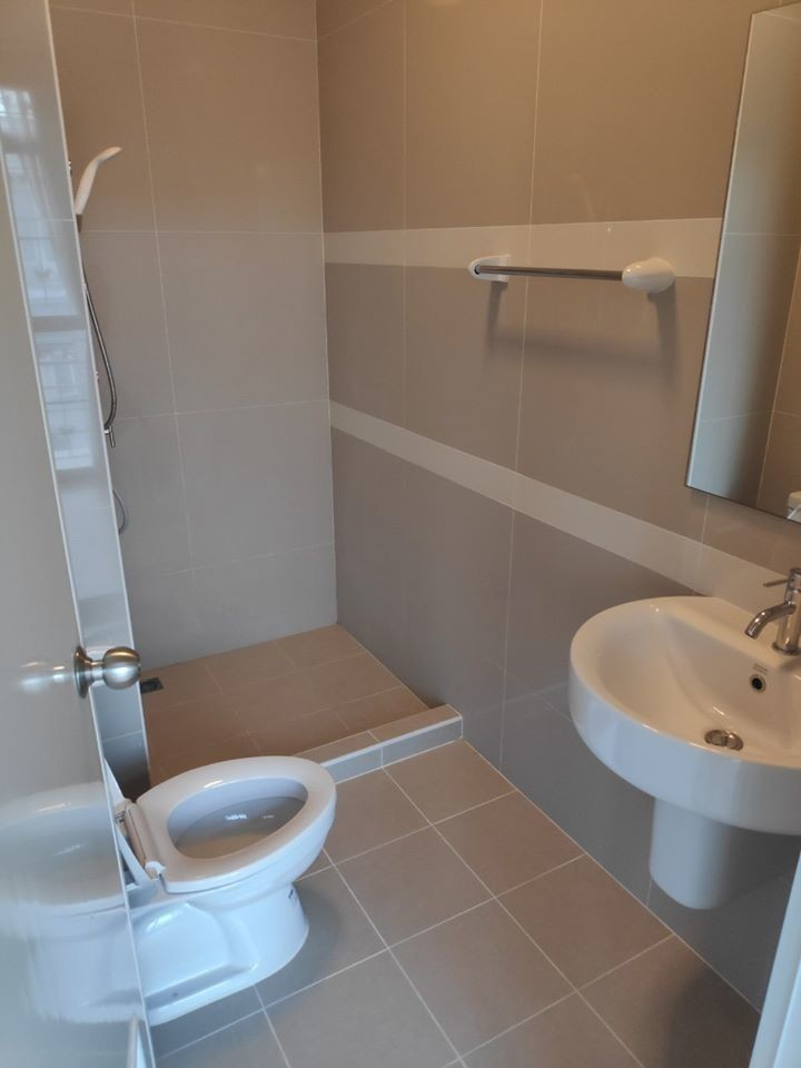 ให้เช่า ทาวน์เฮ้าส์ 4 ห้องนอน บางพลี สมุทรปราการ | Ref. TH-KHESUMMS