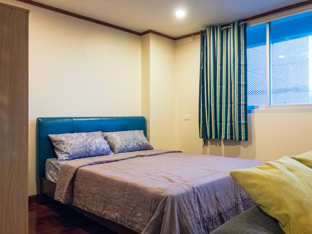 First Tower - For Sale or Rent Condo 33 sqm in Khlong Toei, Bangkok, Thailand   Ref. TH-SNWMROPR