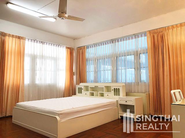 ดีอาล แมนชั่น - ให้เช่า คอนโด 3 ห้องนอน คลองเตย กรุงเทพฯ | Ref. TH-QEKOHYOJ