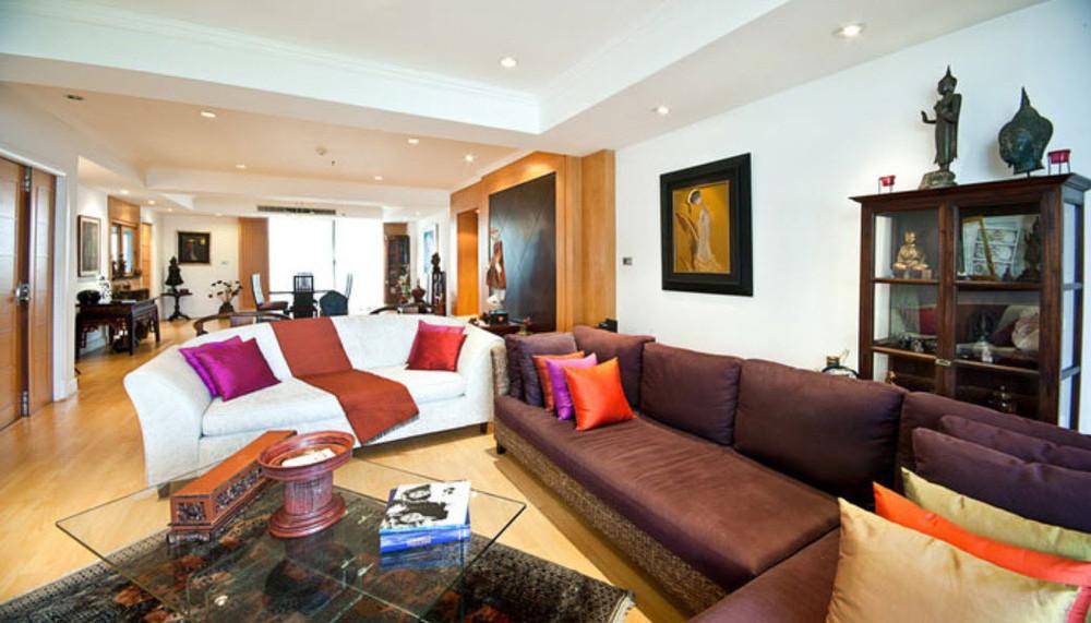 Phirom Garden Residence - For Rent 3 Beds Condo Near BTS Phrom Phong, Bangkok, Thailand   Ref. TH-QTFGZJHU