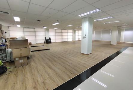 For Rent Office 250 sqm in Pak Kret, Nonthaburi, Thailand