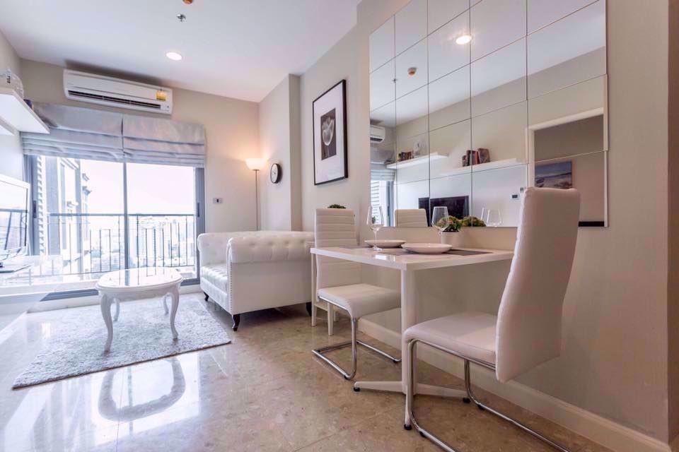 The Crest Sukhumvit 34 - Продажа или аренда: Кондо c 1 спальней в районе Khlong Toei, Bangkok, Таиланд | Ref. TH-RRWKJZKQ