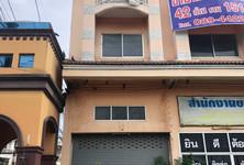 For Sale Shophouse 252 sqm in Lat Lum Kaeo, Pathum Thani, Thailand