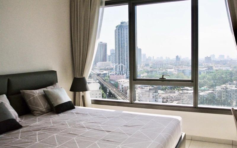 The Lofts Ekkamai - В аренду: Кондо c 1 спальней возле станции BTS Ekkamai, Bangkok, Таиланд | Ref. TH-FIIXVGDR