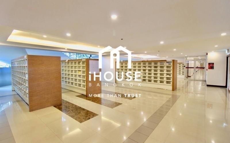 The Trendy Condominium - For Sale 1 Bed Condo Near BTS Nana, Bangkok, Thailand | Ref. TH-AMNQQWKO