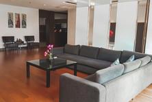 В аренду: Кондо с 4 спальнями в районе Pathum Wan, Bangkok, Таиланд