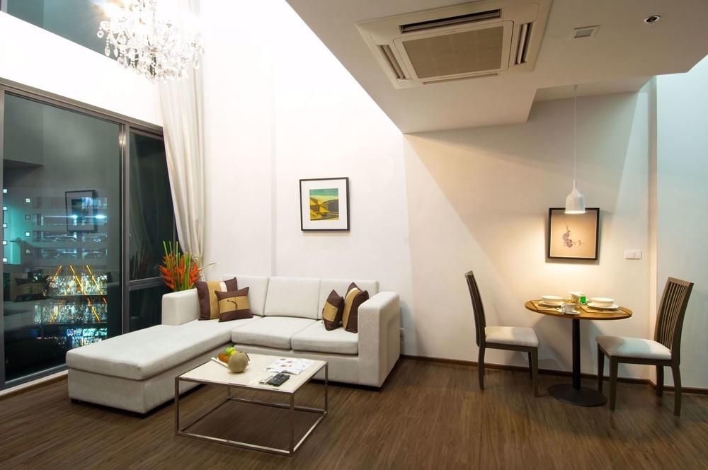 Civic Horizon - В аренду: Кондо c 1 спальней возле станции BTS Ekkamai, Bangkok, Таиланд | Ref. TH-SOBLUSYE