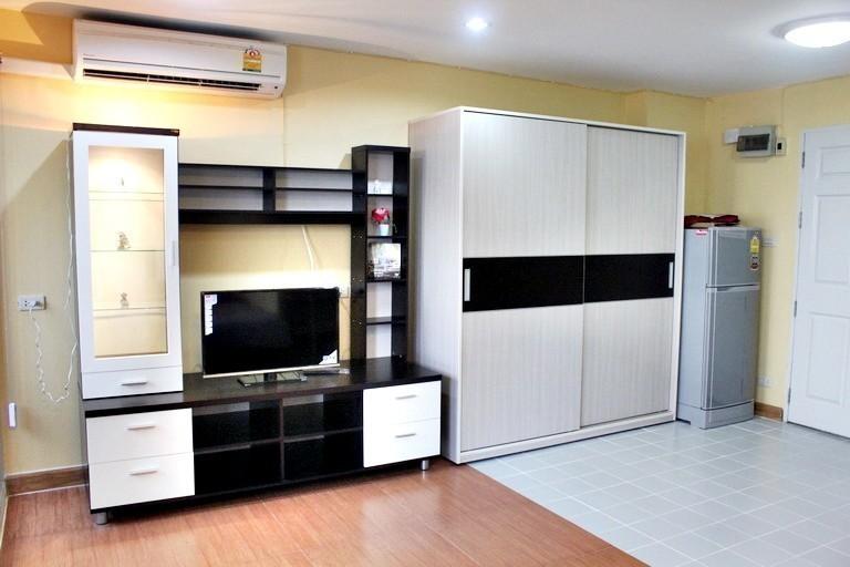 First Tower - For Rent Condo 30 sqm in Watthana, Bangkok, Thailand | Ref. TH-WKNGUACA