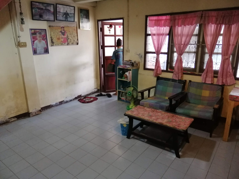 For Sale 2 Beds タウンハウス in Khlong Luang, Pathum Thani, Thailand   Ref. TH-CQKVEWYM
