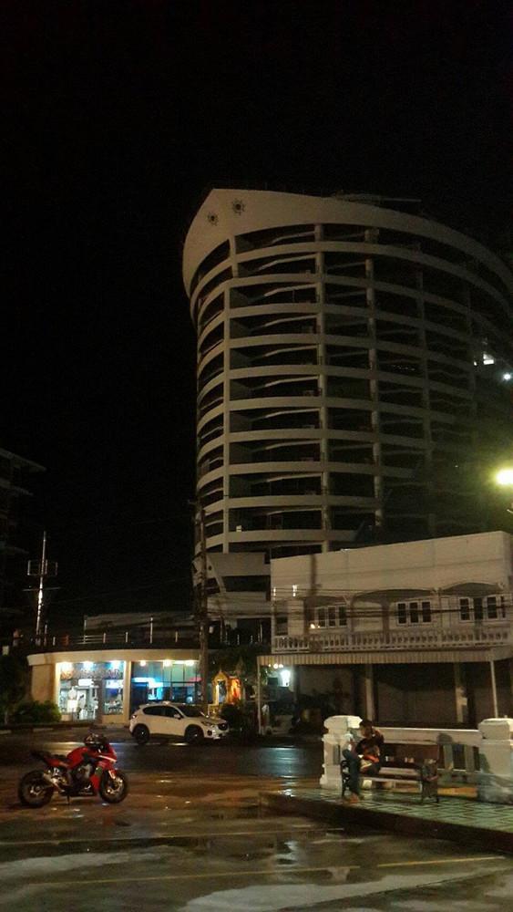 ขาย คอนโด 3 ห้องนอน เมืองชลบุรี ชลบุรี | Ref. TH-DGPFZDUI