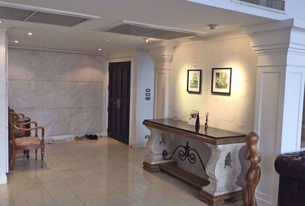 For Sale 4 Beds Condo Near BTS Phloen Chit, Bangkok, Thailand