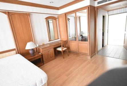 For Rent Condo 47 sqm in Pom Prap Sattru Phai, Bangkok, Thailand