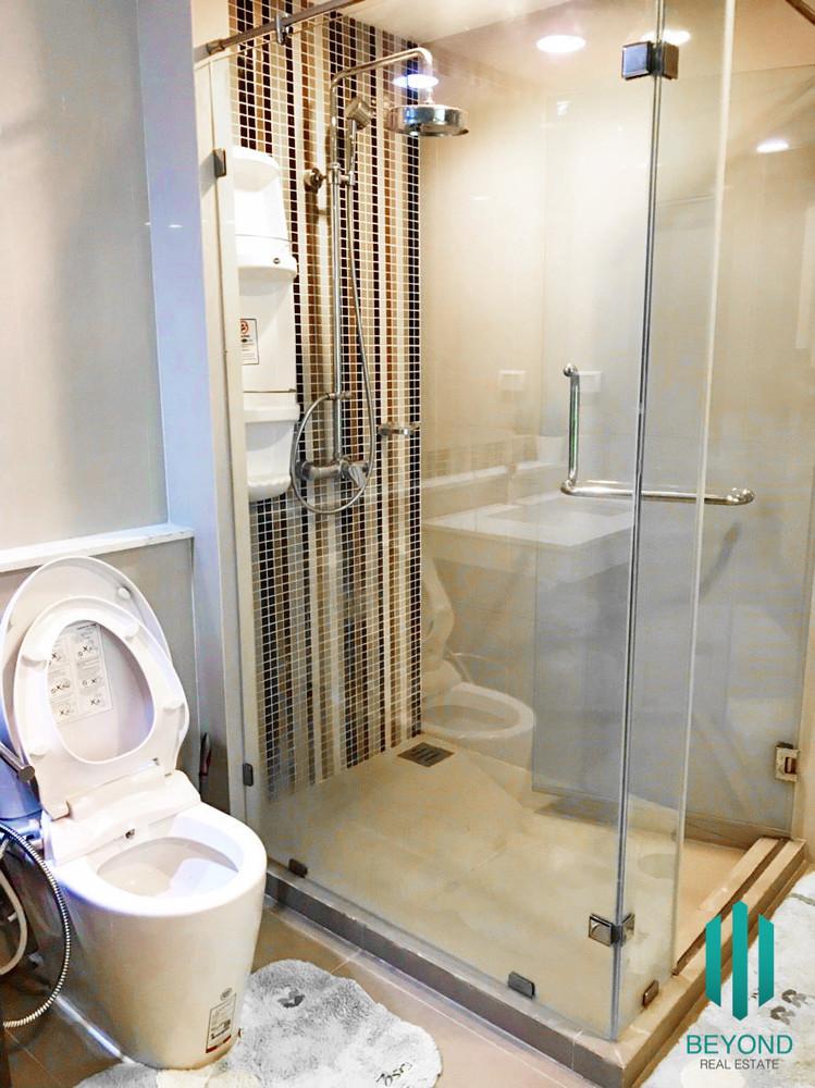 เรนด์ สุขุมวิท 23 - ให้เช่า คอนโด 1 ห้องนอน ติด MRT สุขุมวิท   Ref. TH-TRHQUSMF