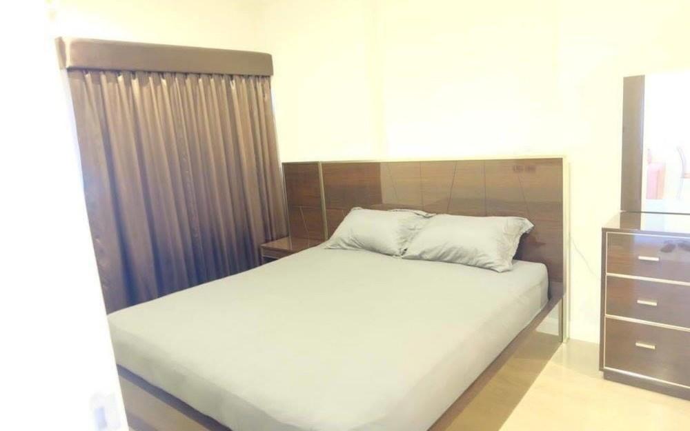 The Crest Sukhumvit 34 - В аренду: Кондо c 1 спальней в районе Khlong Toei, Bangkok, Таиланд | Ref. TH-AQJOXXYP