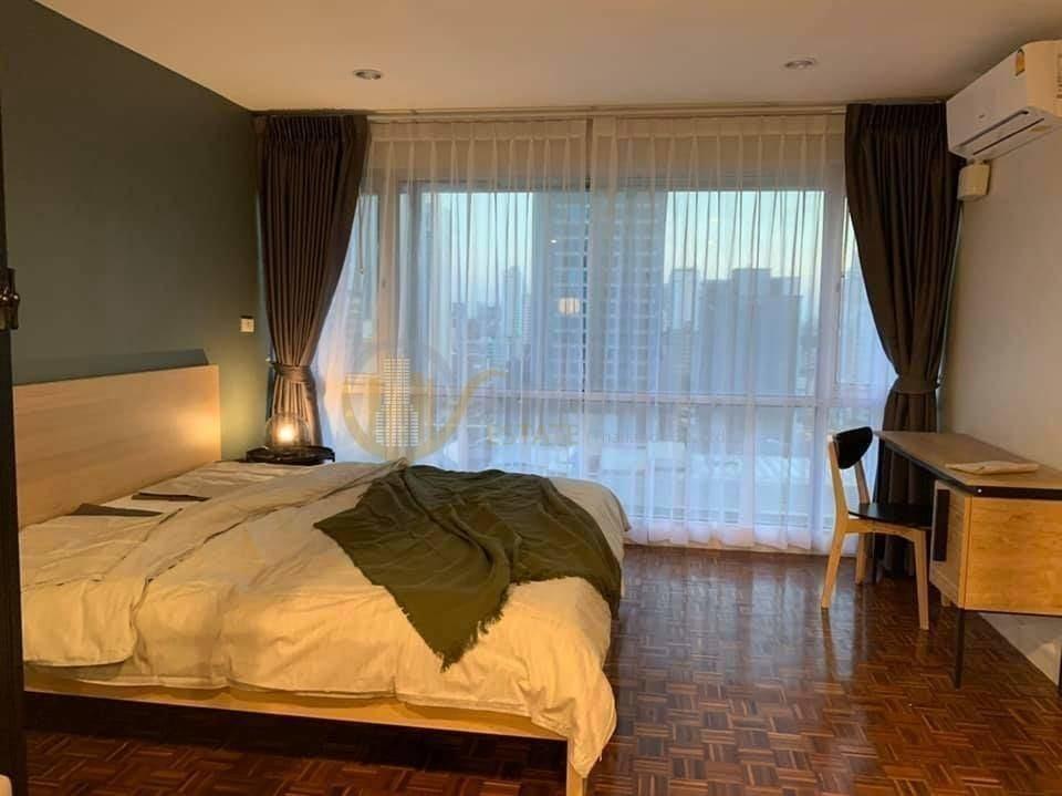 สุขุมวิท สวีท - ขาย คอนโด 1 ห้องนอน ติด BTS นานา | Ref. TH-CFVURRPR