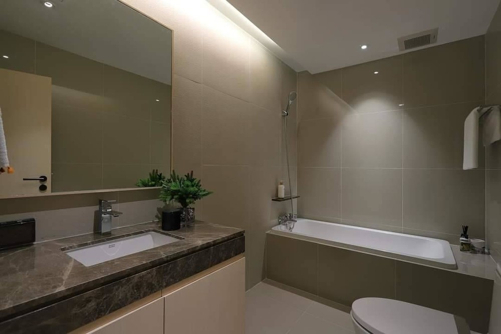 BioHouse service Apartment - For Rent 3 Beds Condo in Watthana, Bangkok, Thailand | Ref. TH-RZNKCWNI