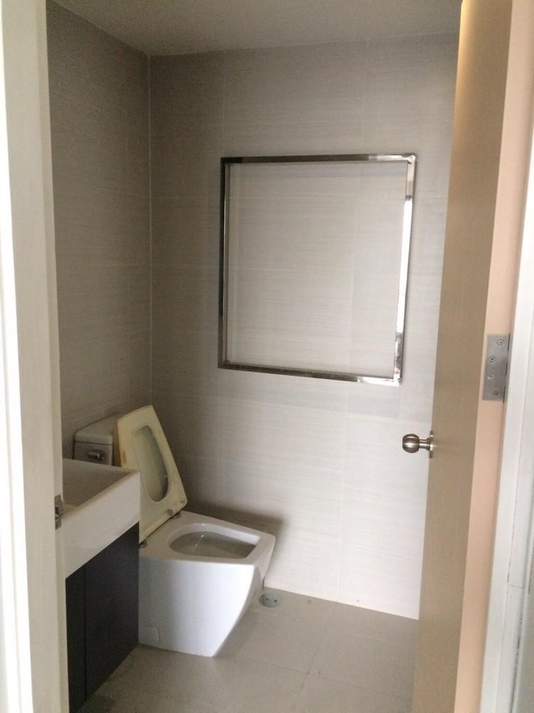 อิสสระ@42 สุขุมวิท - ขาย คอนโด 1 ห้องนอน ติด BTS เอกมัย   Ref. TH-DWXDXCKW