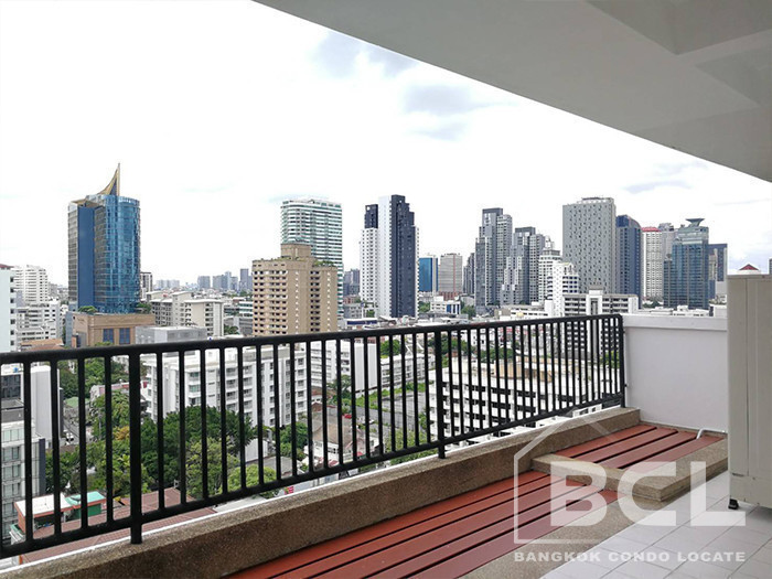 KC Court - For Rent 3 Beds Condo in Watthana, Bangkok, Thailand | Ref. TH-VAZVKVPY