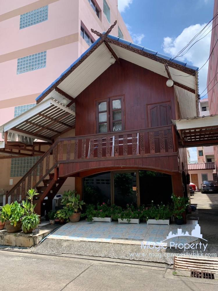 For Sale Apartment Complex 150 rooms in Bang Kapi, Bangkok, Thailand   Ref. TH-YSBKLDZF
