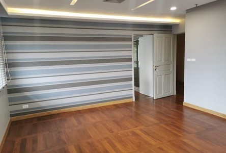 For Sale or Rent 4 Beds コンド Near BTS Phrom Phong, Bangkok, Thailand