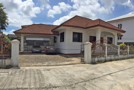 For Rent 3 Beds House in Mueang Chiang Rai, Chiang Rai, Thailand