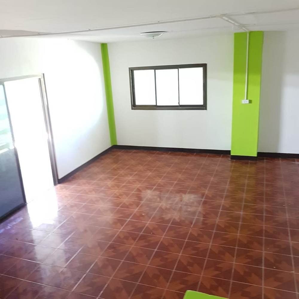 For Sale 3 Beds タウンハウス in Lam Luk Ka, Pathum Thani, Thailand | Ref. TH-ACEPXXHT