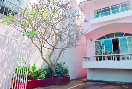 For Rent 2 Beds Townhouse in Phanat Nikhom, Chonburi, Thailand