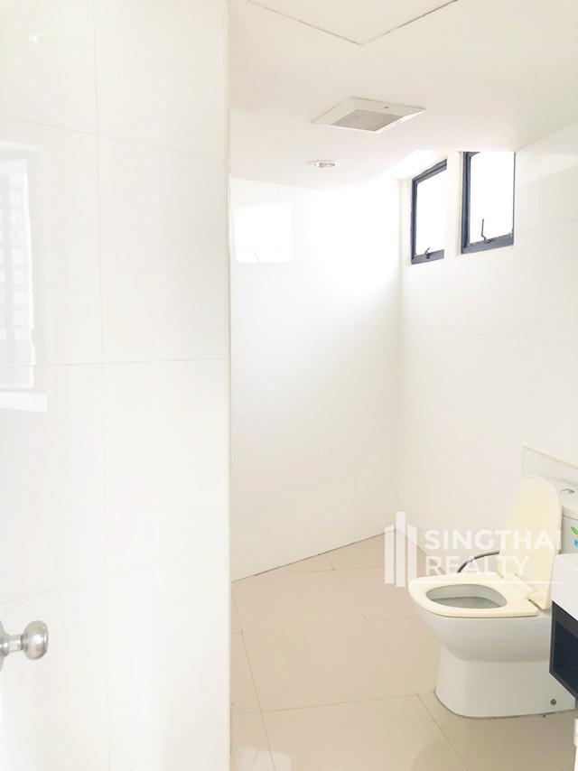 เพรสซิเด้นท์ พาร์ค สุขุมวิท 24 - ขาย คอนโด 3 ห้องนอน คลองเตย กรุงเทพฯ | Ref. TH-PQARCKYB
