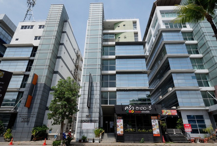 For Sale Office 1,301.3 sqm in Pak Kret, Nonthaburi, Thailand