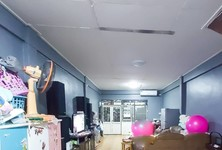For Sale 2 Beds Townhouse in Phasi Charoen, Bangkok, Thailand