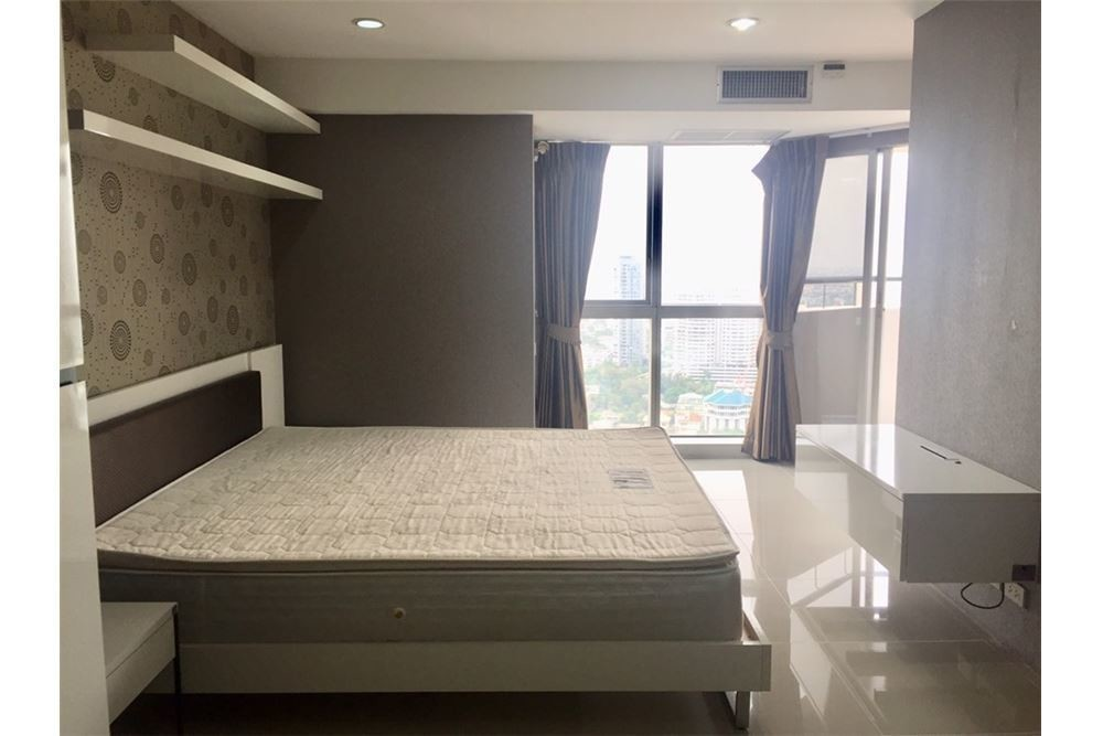 The Waterford Condominium - For Rent 2 Beds コンド in Khlong Toei, Bangkok, Thailand | Ref. TH-DIJRVNFO