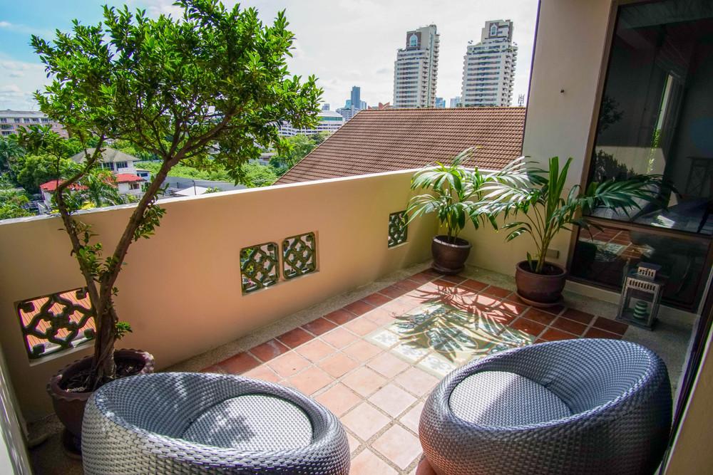 Raintree Village Apartment - For Rent 4 Beds コンド Near BTS Phrom Phong, Bangkok, Thailand   Ref. TH-SWGABQSA