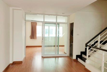 For Rent 4 Beds Townhouse in Prawet, Bangkok, Thailand
