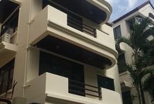 For Rent 4 Beds House in Phra Nakhon, Bangkok, Thailand