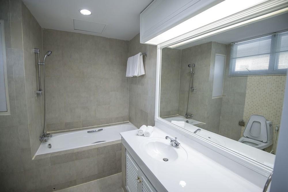 สัจญาณ คอร์ท - ให้เช่า คอนโด 3 ห้องนอน คลองเตย กรุงเทพฯ | Ref. TH-NEYAJDNG