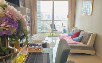 Located in the same building - The Bloom Sukhumvit 71