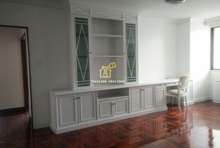 For Rent 3 Beds コンド Near BTS Phrom Phong, Bangkok, Thailand