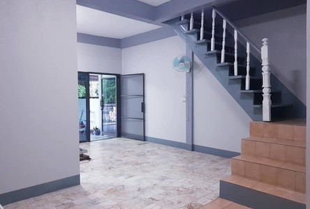 For Sale 3 Beds Townhouse in Warin Chamrap, Ubon Ratchathani, Thailand