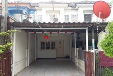 For Rent 2 Beds Townhouse in Lam Luk Ka, Pathum Thani, Thailand