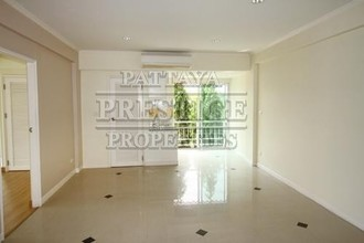 Located in the same area - Near Beach Residence
