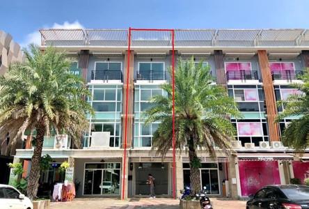 В аренду: Шопхаус с 5 спальнями в районе Mueang Chiang Mai, Chiang Mai, Таиланд