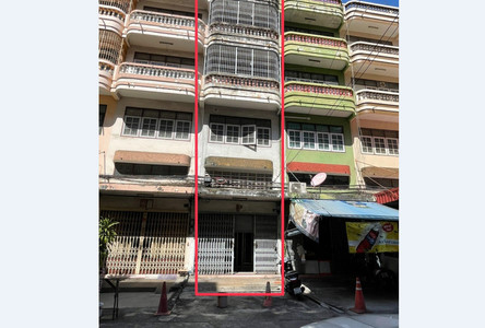 For Sale 4 Beds Shophouse in Sathon, Bangkok, Thailand