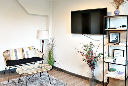 For Rent Apartment Complex 5 rooms in Phra Khanong, Bangkok, Thailand